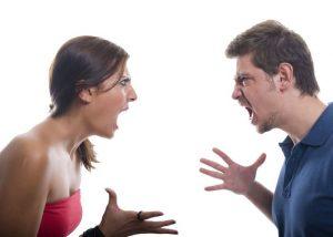 पत्नी का पति के साथ झगड़ा